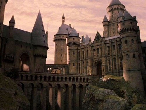 hogwarts-harry-potter-30982898-500-375
