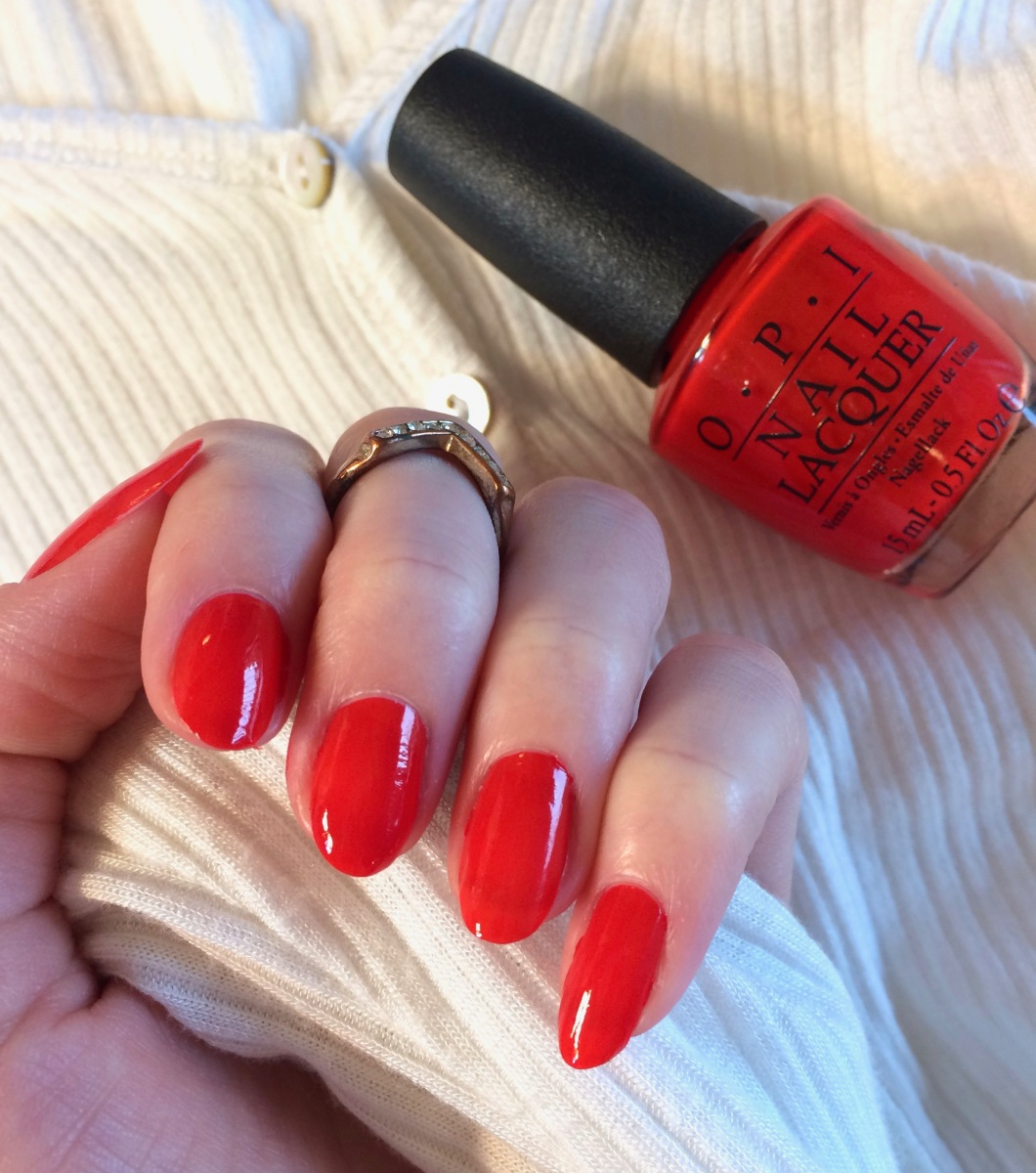 OPI Polish: Fashion A Bow
