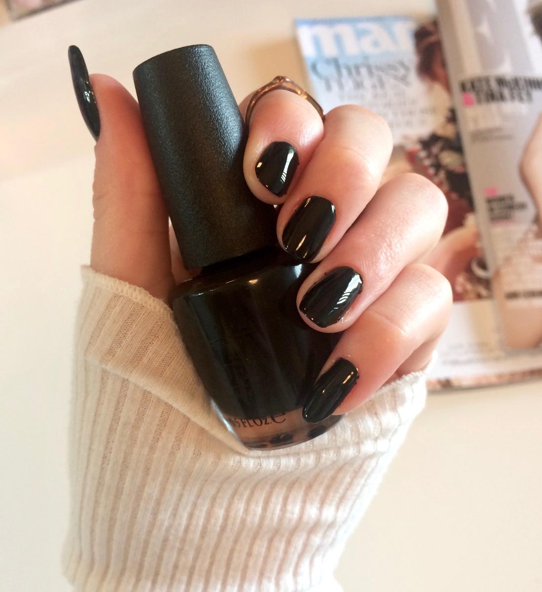 Classy Black Nails – TAYLOR DOROTHY