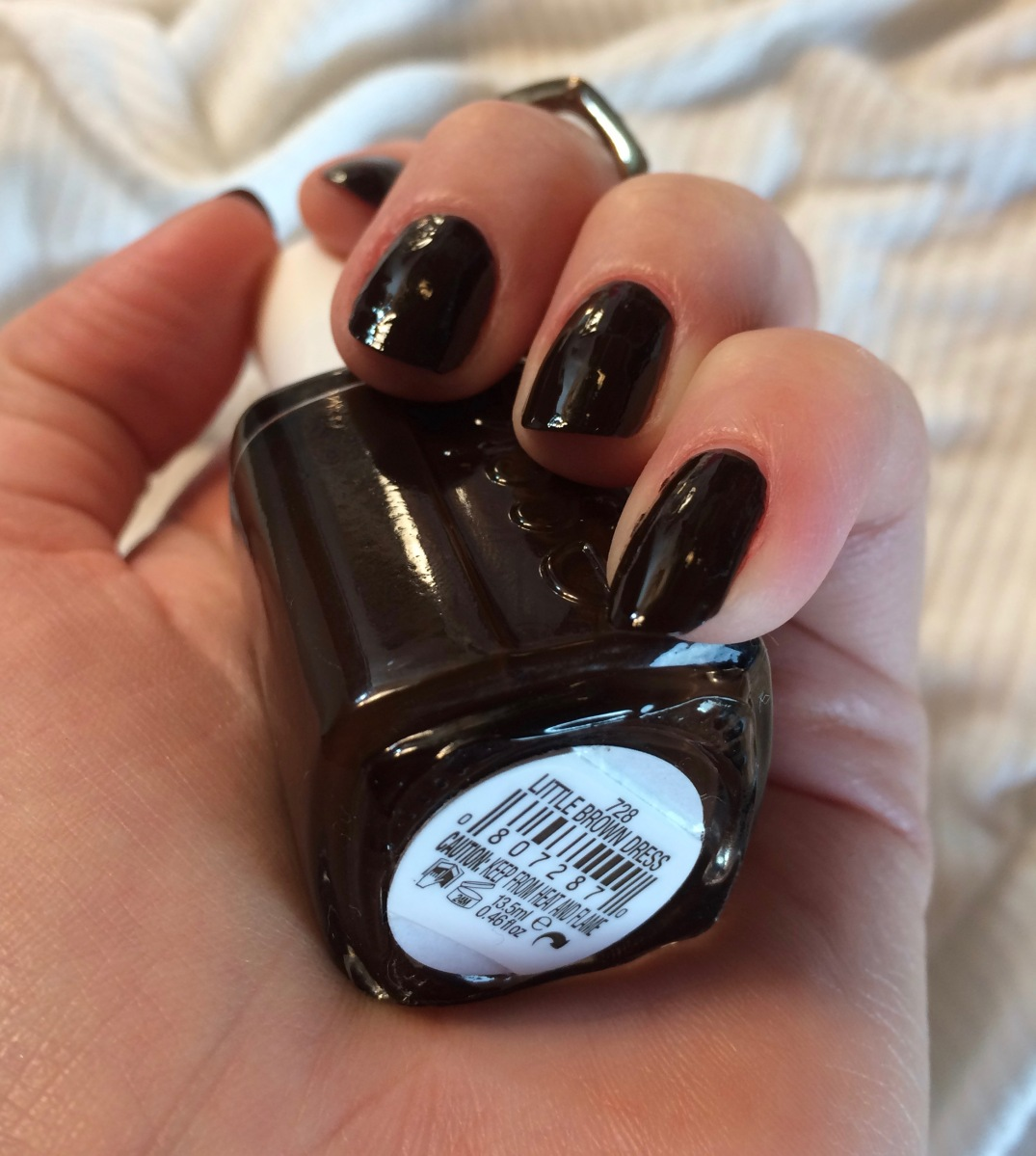 ♡ Essie Polish: Little Brown Dress