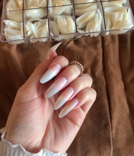 fake stiletto nails review