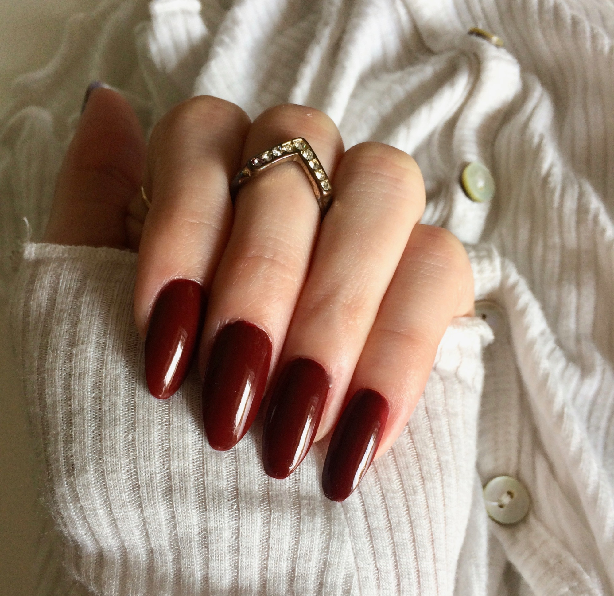 fake nails review stiletto at home manicure