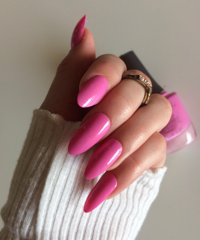 morgan taylor lip service nail polish review