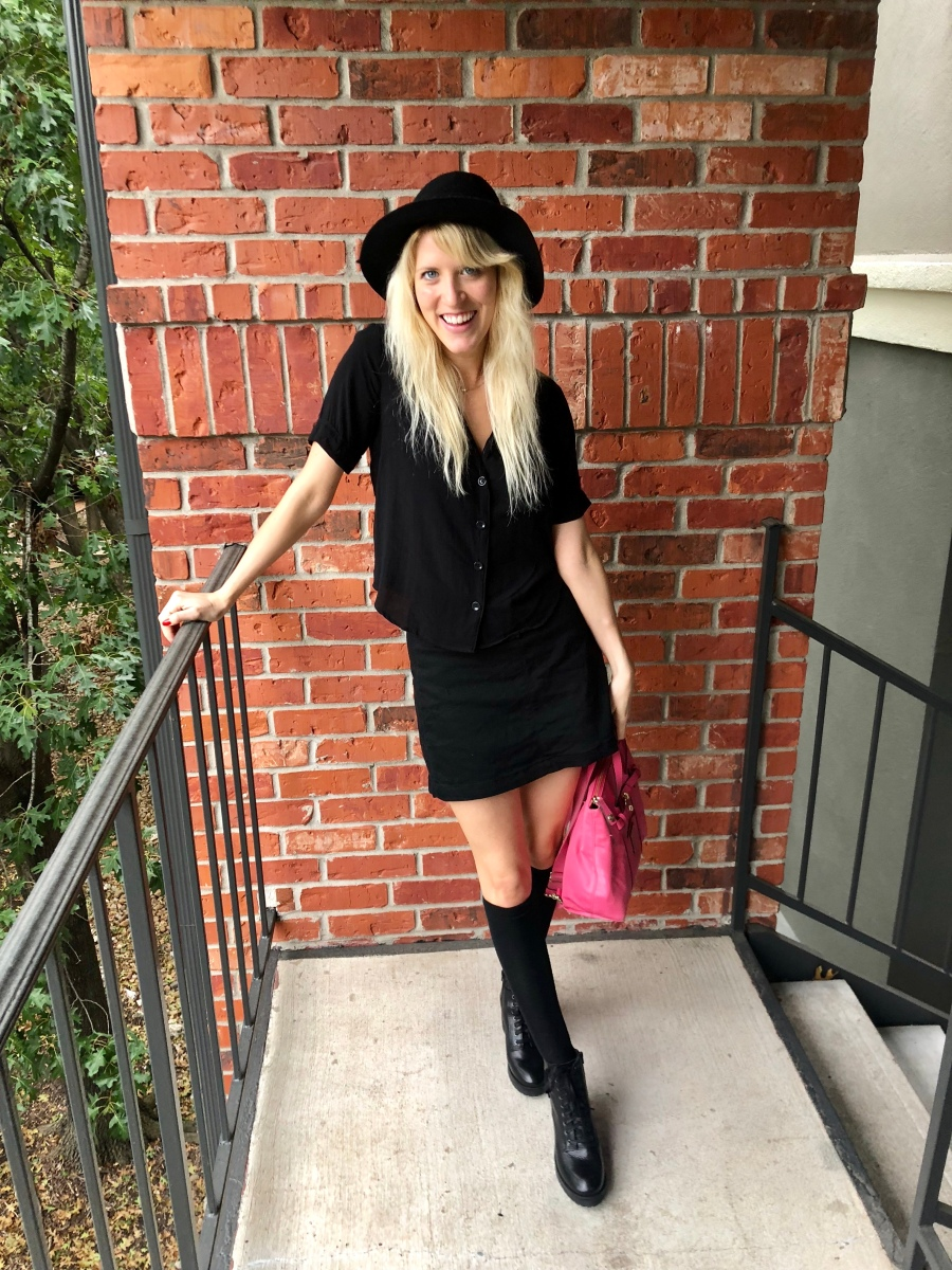 🌙 Blonde Witch OOTD + Waffle Tacos